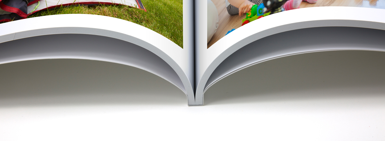 BANNER-Fotolibro-Morbida--aperto-Tinbox-